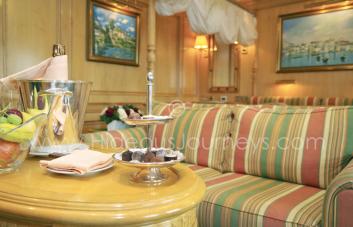 Grand Hotel atmosphere (Sea Cloud II)...