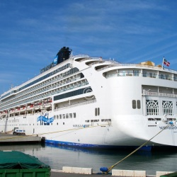 Norwegian Spirit sails the best of the Med between Barcelona and Venice