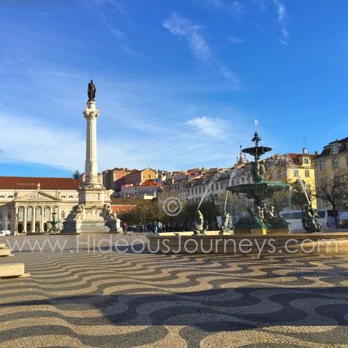 Praca Dom Pedro is still the bustling center of historic Lisboa