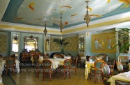 Ristorante Salgari offers traditional Italian and Seafood cuisine. Breakfast is also served here.