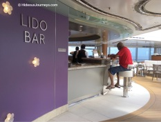 Stay hydrated at the Lido Bar. Right behind: The electronic soda fountain machines by Coca Cola.