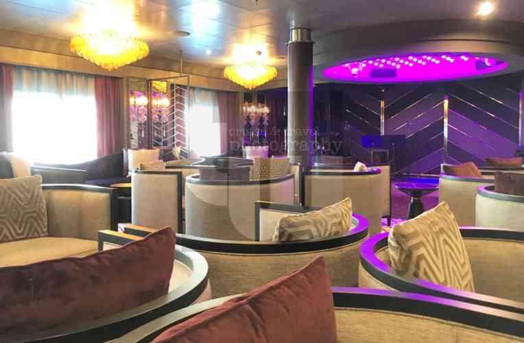 Voyager Lounge 4