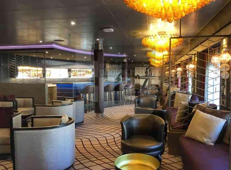 Voyager Lounge 6