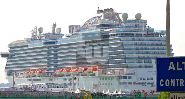 Royal Princess4