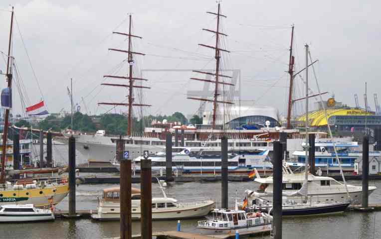 #sea cloud 2 – 12 Kopie