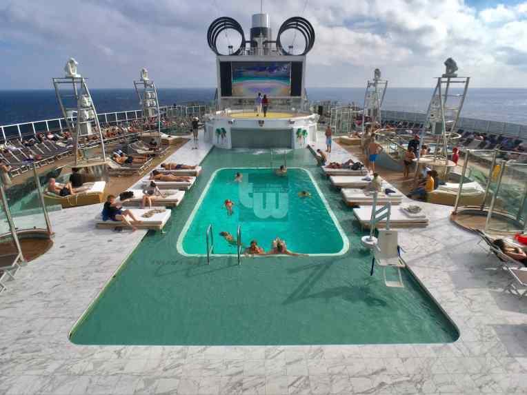Panorama Pool 3